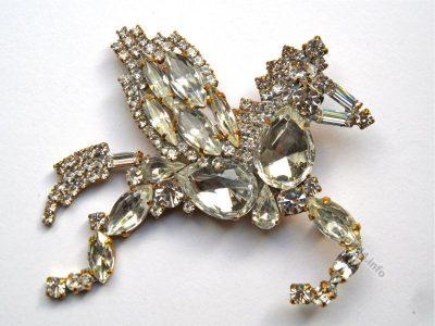 Rhinestones Pegasus brooch Vintage fashion jewelry. Art deco style. Gablonz.