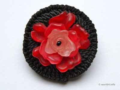Brooch flower. England Fashion jewelry