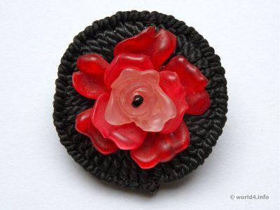 Brooch flower. England Fashion jewelry