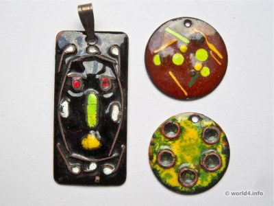 Vintage, Space Age design. Enamel pendants jewelry.