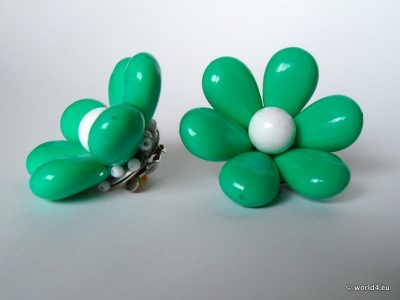Flower Earrings 50s. Germany. Fashion jewelry.