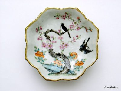 Antique Chinese porcelain. Rich decorated antique porcelain tea cup from China