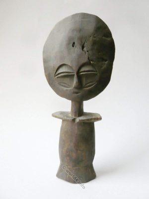 Antique African sculpture. Fertility Goddess statue