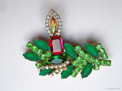 Vintage Gablonz Rhinestone Brooche, Green-Toned Rhinestones Jewelry