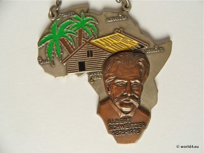 Albert Schweitzer memorial badge. Nobel laureate. Wartenberg Hiking days. Collectible Memorabilia