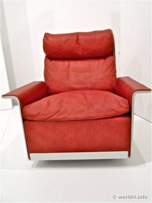 Dieter Rams Chair RZ 62. Vintage Furniture design. Braun Germany.