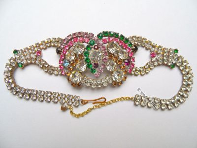 Rhinestones Necklace Jewelry. Vintage fashion jewelry. Art deco style. Gablonz.