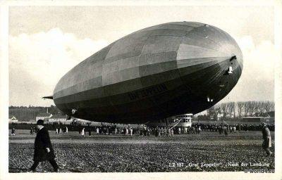 German Airship LZ 127 Graf Zeppelin, Vogtland ride. Early aviators. Collectible postcard