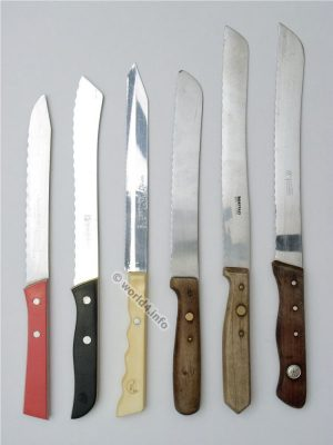 Old collectible serrated knives. Traditional blade manufacturers from Solingen in Germany. Frauenlob, Diogenes, Zwilling Friodur, Herder and son.