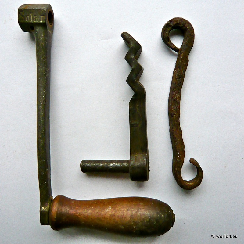Old Cast Iron Parts Of Diverse Origin And Use Lost And